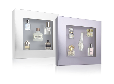 Macy's offers the perfect holiday gift with incredible Black Friday deals on fashion, home, beauty, and tech items; $15 men's or women's 5-piece fragrance box, while supplies last. (Photo: Business Wire)